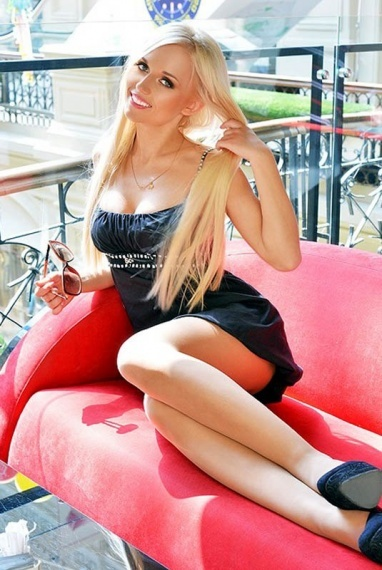 Olivia, stunning Russian escort in Rome for sex