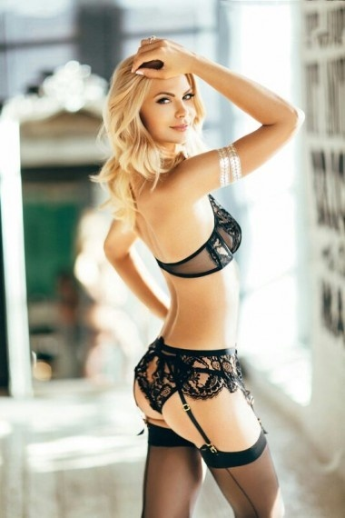 Olga, beautiful Russian escort who offers 69 in Rome